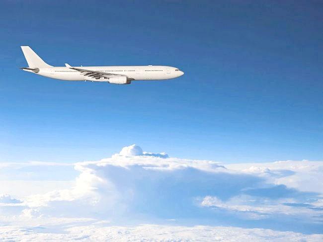 Головний біль при посадці літака і як її уникнути