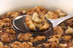 Як лікує волоський горіх при захворюваннях?