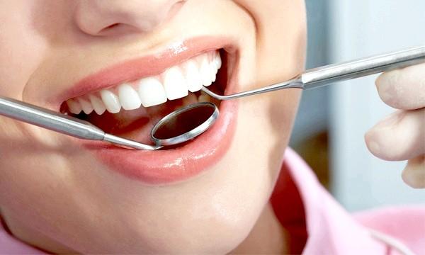 Які вітаміни корисні для зубів?