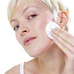 Які вітаміни відповідають за красу шкіри на обличчі?