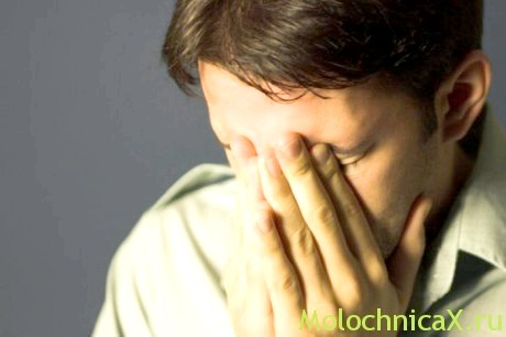 Хвороба дуже підступна - спочатку вона проходить безсимптомно, біль та інші проблеми з'являться вже потім!