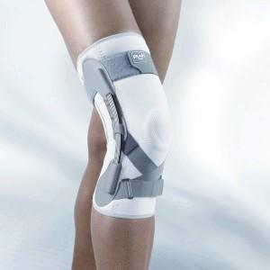 Ортез на колінній суглоб