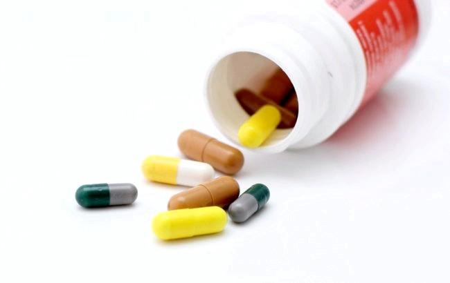 розсипані таблетки