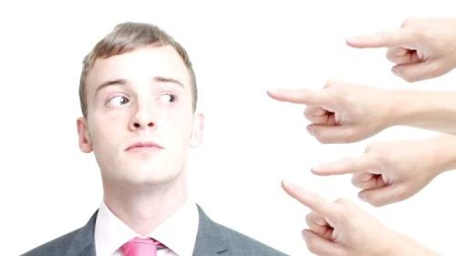 Як боротися з низькою самооцінкою у чоловіків?