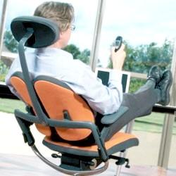 Ортопедичні комп'ютерні крісла при остеохондрозі