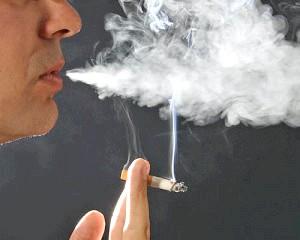 Куріння погано впліває на серце и судину