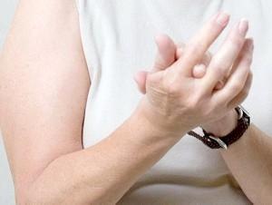 Шишки на пальцях рук