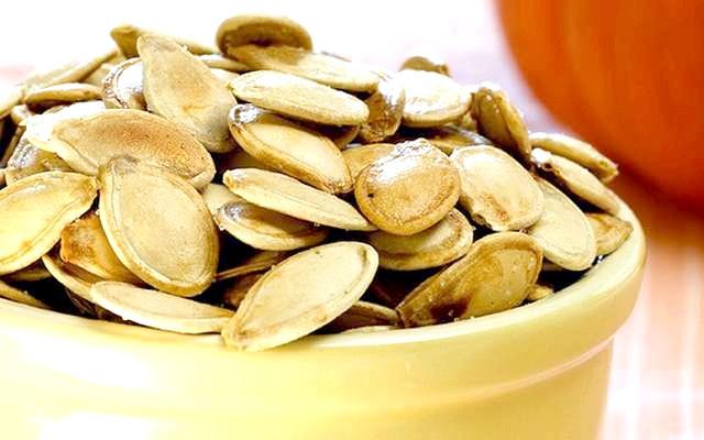 Гарбузове насіння для чоловіків: корисні і шкідливі властивості