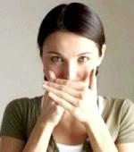 Запах з ротової порожнини як ознака гастриту