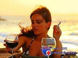Жіноча краса або сигарета